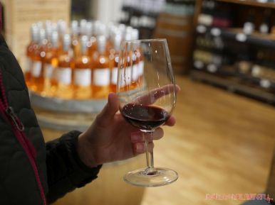 the-wine-cellar-14