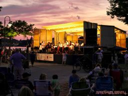 New Jersey Symphony Orchestra in Marina Park 5 of 18