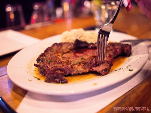 Danny's Steakhouse Prime Rib Martini Night 4 of 31