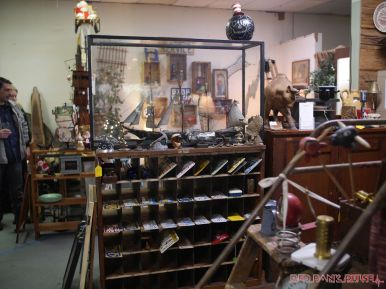 Riverbank Antiques 18 of 58