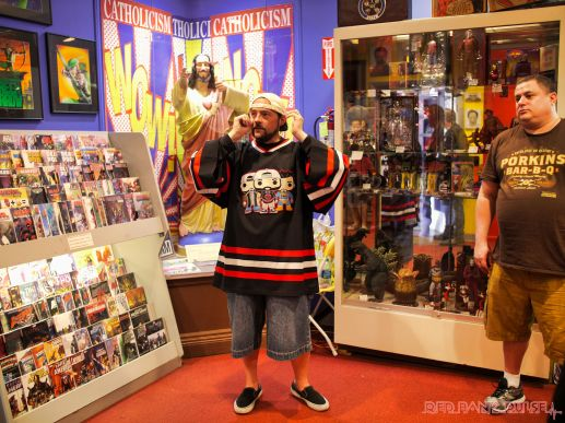 Kevin Smith at Jay & Silent Bob's Secret Stash on 5-5-2018 34 of 52