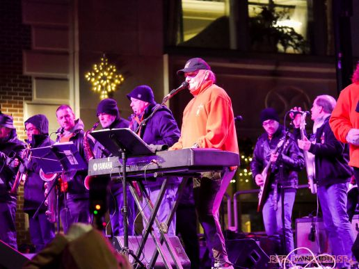 Holiday Express Concert Town Lighting 105 of 150