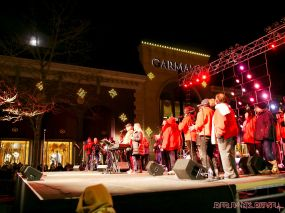 Holiday Express Concert Town Lighting 130 of 150