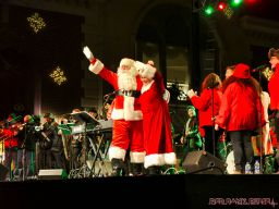 Holiday Express Concert Town Lighting 17 of 150