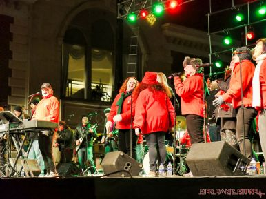 Holiday Express Concert Town Lighting 18 of 150