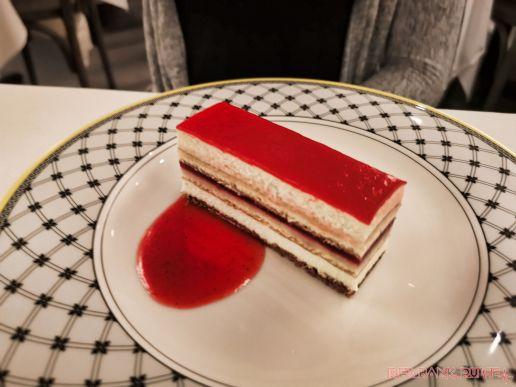 Cafe Loret 7 of 26 raspberry cake
