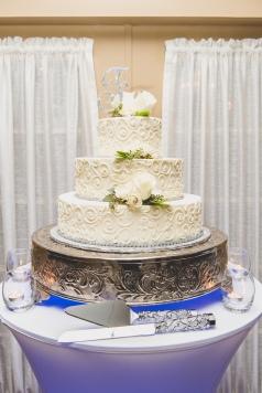 Red Bank Wedding Cake Guide Chocolate Carousel 4